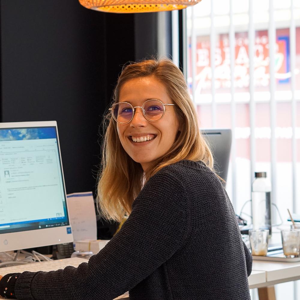 Cabinet financier Boyer, Clara Bossis, collaboratrice assurance de prêt